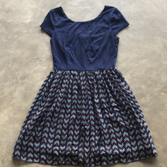 Speechless Dresses & Skirts - Chevron multicolor dress
